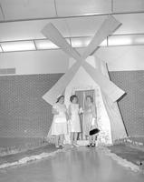 Mothers at the Mother-Daughter Tea Party at Mankato State College, 1964-05-11.