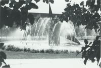 A picture of the Mankato State University fountain, 1980s.