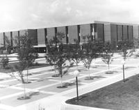 A picture of the Mankato State University campus mall without students and the MSU Memorial Library, 1970s.