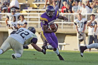 Minnesota State University, Mankato Football|2004 Football Action|9-18-04-CSP|Fowler|Treasure Sean 04 AE