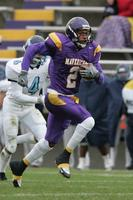 Minnesota State University, Mankato Football|2004 Football Action|10-16-04-UIU|Fowler|Lawrence Michael 04DA