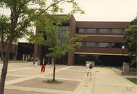 Picture of Wigley Administration Center. Mankato State University, May 29, 1989.